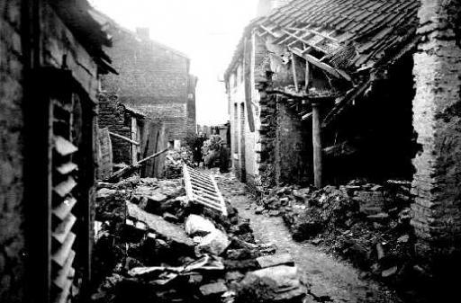Maisons en ruines rue Gramme